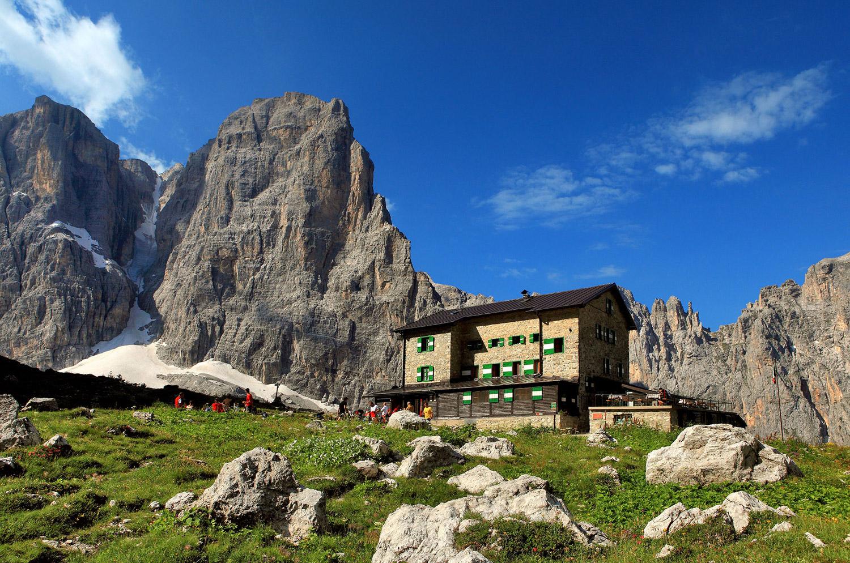 Campiglio - Dolomiti di Brenta e Rifugio Maria e Alberto ai Brentei