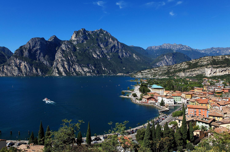 Panoramica di Torbole: Lago di Garda